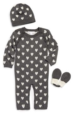 Free shipping and returns on Burberry Cashmere Romper, Hat & Mittens (Baby Girls) at Nordstrom.com. Signature heart graphics lend abundant charm to an ultrasoft cashmere romper paired with a matching cap and mittens.