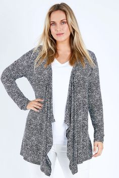 Shop Women's Cardigans Online from styles including Long Cardigans, Black Cardigans, Brown Cardigans, Cropped Cardigans and more. Find New, Sale and Bestselling Cardigans Online Australia Brown Cardigan, Cropped Cardigan, Long Cardigan, Cardigans For Women, 50 Fashion, Sweaters, Tops, Style, Sweater