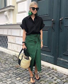 Mode Outfits, Skirt Outfits, Chic Outfits, Summer Outfits, Fashion Outfits, Fall Outfits, Summer Fashions, Woman Outfits, Office Outfits