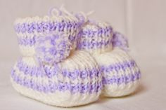 Baby Wool Boots - Baby White and Lilac.  https://www.facebook.com/flocosdela