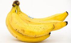 Banana (lat. Musa sapienta) je omiljeno voće širom sveta i dostupno je tokom cele godine. Banane su od davnina poznate širom sveta i koristile su se u različite svrhe, kako u kuhinji tako i u medicini. Ovo voće potiče iz jugoistočne Azije, a danas se uzgaja u gotovo celom svetu.Dokazano je da...