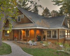 Traditional Exterior Cottages On Lake Design, Pictures, Remodel, Decor and Ideas - page 3