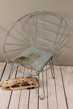 Mid Century Indian Industrial Blue Hand Restored Rusty Round Metal Hairpin Leg Outdoor Lawn Chair