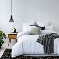 Luxurious 1000 thread count cotton bed linen for a touch of premium hotel quality at home. A classic, self-stripe design is perfect for a simple base to complete your stylish bedroom.