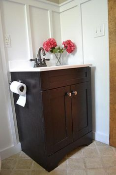 I want to make this!  DIY Furniture Plan from Ana-White.com  Build a small bath vanity with storage. These simple, step by step woodworking plans are designed for the beginner and can be built from a single sheet of plywood.