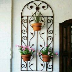Resultado de imagen para porta macetas para ventanas forjados en hierro