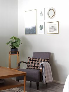 Kontti - sisustajan aarreaitta Accent Chairs, Furniture, Home Decor, Upholstered Chairs, Decoration Home, Room Decor, Home Furnishings, Arredamento, Interior Decorating
