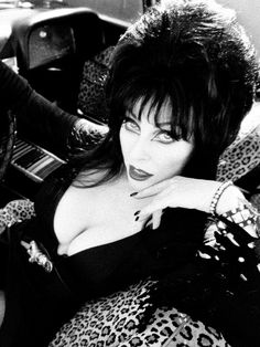 Fridge Magnet Elvira MOON TAN nude girl macabre horror pin-up girl art R