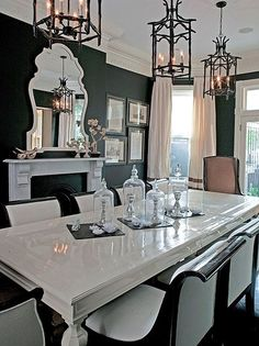 Black and White Chinoiserie Dining Room