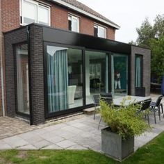 House Extension Plans, House Extension Design, Roof Extension, Shipping Container Home Designs, Container House Design, Garden Room Extensions, House Extensions, Natur House, Glass Porch