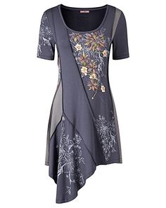 At Simply Be, you'll find the latest plus size fashion clothing available in sizes From plus size jeans and dresses to trendy tops, Simply Be's women's clothing features fashionable outfits for every occasion. Colorful Fashion, Boho Fashion, Fashion Dresses, Joe Brown Clothing, Fashion Sewing, Trendy Tops, Plus Size Fashion, Cool Outfits, Short Sleeve Dresses