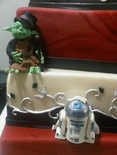 Star Wars Cake by tineypics, via Flickr