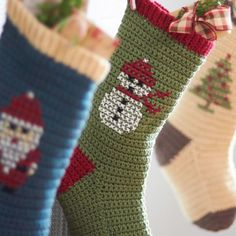 Bernat Cross Stitch Christmas Stockings, Snowman (on crochet stocking) super cute! Cross Stitch Christmas Stockings, Cross Stitch Stocking, Xmas Stockings, Holiday Crochet, Crochet Home, Free Crochet, Knit Crochet, Crochet Socks, Ravelry Crochet