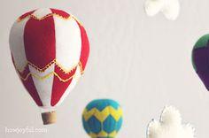 Móvil colgante de globos aerostáticos de fieltro