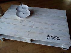 """Couchtische - **Design-Tisch aus alter Palette """"Hamburg""""** - ein Designerstück von La--Maison bei DaWanda"""