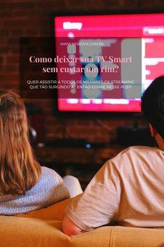 """Nos últimos meses os valores das smart tvs aumentou consideravelmente, mas trouxe uma listinha de como deixar sua TV """"inteligente"""", sem gastar um rim e boa pro seu bolso! Tvs, Tv"""