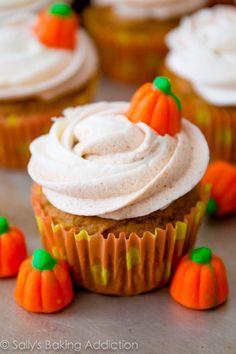 Pumpkin Cupcakes with Cinnamon Swirl Frosting. Easy recipe by sallysbakingaddiction.com