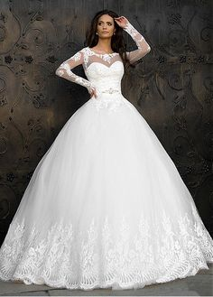 Marvelous Tulle Bateau Neckline Ball Gown Wedding Dresses With Lace Appliques