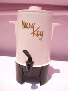 Mary Kay coffee maker. How awesome is this? I wish I could find one.