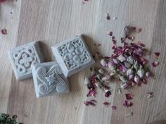 """""""Arabian night"""" is a precious soap: its preziosity is given by the Rhassoul clay, famous to be used in Moroccon for Hammam and body masks. Body Mask, Natural Soaps, Arabian Nights, Masks, Clay, Clays, Face Masks"""