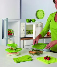 "Go Safe with Luminarc's ""Keep' N"" collection!     Now store your food in hygienic glass that's extra resistant to cold & heat! Extra Bonus: the ""Keep' N"" collection is also microwave-safe! How awesome! #Luminarc #French #Paris #France #KeepN #Healthy"