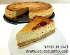 Que pedazo de postre: Tarta de café Fácil receta casera, paso a paso.  http://www.golosolandia.com/2015/01/tarta-de-cafe.html
