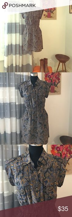 Madewell Paisley Dress Cute safari style dress.  Very flattering with elastic waist and shirt tail hem. Looks great with boots or sandals. Madewell Dresses