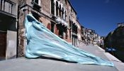 Artist Sticks A Giant Piece Of Chewed Gum On Venice's Streets