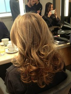 what is a hair blowout style 1000 images about styles on out 6574