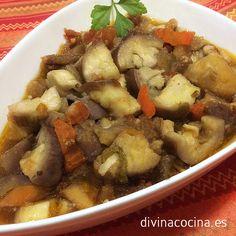 Para 2 personas: 2 berenjenas medianas - 1 tomate maduro - 1 pimiento verde o rojo pequeño - 4 dientes de ajo - Aceite de oliva virgen extra - Sal y pimien ...