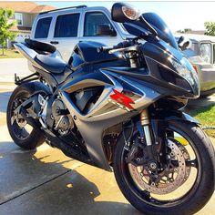 GSXR Photo: @d dunn rocks Send us your pictures and videos by direct message #motorbike #motorcycle #sportsbike #yamaha #honda #suzuki #kawasaki #ducati #triumph #victory #buell #aprilia #harleydavidson #r1 #r6 #cbr #gsxr #fireblade #hayabusa #gixxer #photography #bikelife #Twowheelpassion