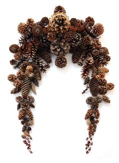 pinecone festoon (mary jo hoffman)