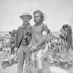 Aby Warburg with a Hopi dancer in Arizona in The Warburg Institute. Indiana, Navajo, Hopi Indians, First Nations, Art History, Culture, Pictures, Photography, Image