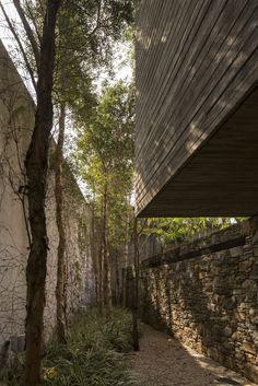 Galería de Casa Ipes / Studio MK27 - Marcio Kogan + Lair Reis - 24
