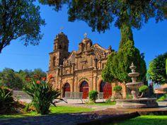 Iglesia de Santa Cruz de las Flores #Tlajomulco de Zuñiga, Jalisco.