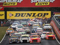 Bathurst 1000 2017 - maybe the last hurrah for the Aussie Holden vs Falcon premier event Australian V8 Supercars, Australian Cars, Racing News, Nascar Racing, New Ford Focus, Best Wallpaper Hd, Aussie Muscle Cars, The Great Race, Classic Race Cars