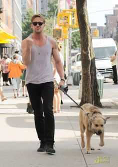 Top 12 pictures Of Ryan Gosling and his dog, George
