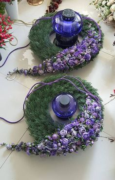 Floral Design by ? Large Flower Arrangements, Flower Arrangement Designs, Funeral Flower Arrangements, Flower Designs, Grave Flowers, Cemetery Flowers, Funeral Flowers, Deco Floral, Arte Floral