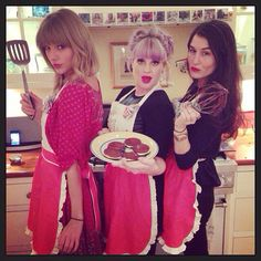 The fact that Taylor Swift has pictures of fans in her house... FHOIHOSHFOHSOIHFOSHFOHSOFHODSHFOISHOF