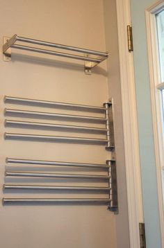 30 perfekte Wäscherei hängen Rack Ideen - Laundry Room - Wedding Make Up - DIY Jewelry Easy - Hairstyle For Medium Length Hair - DIY Kid Room Ideas Laundry Room Drying Rack, Laundry Room Tile, Drying Room, Garage Laundry, Drying Rack Laundry, Laundry Room Shelves, Laundry Room Remodel, Laundry Room Cabinets, Laundry Closet