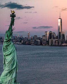 "7,818 mentions J'aime, 57 commentaires - New York (@topnewyorkphoto) sur Instagram: ""Follow @topparisresto !! TOP New York  by @nova.york •  #topnewyorkphoto Look at the featured…"""