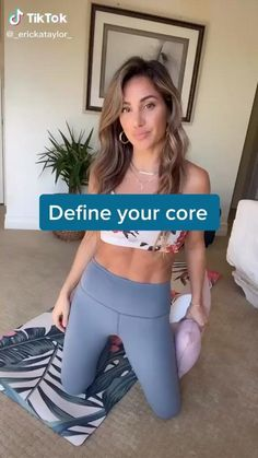 Lose belly fat with this ab workout. Great for women who workout at home there is equipment required. #absworkout #core #exercisefitness #fitness Weight Loss Challenge, Weight Loss Program, Weight Loss Transformation, Weight Loss Video, Squat Challenge, At Home Workout Plan, At Home Workouts, Body Workouts, Plie Squats