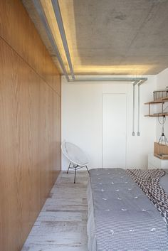 Apartment with Partitions,©  Gui Morelli  ---- door
