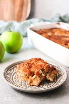 There are many One Bowl Apple Cake recipes out there, and I think I found one of the best one! Check out this One Bowl Apple Cake recipe, and you will agree. via @mystayathome Apple Recipes Easy, Apple Cake Recipes, Fun Recipes, Easy Cake Recipes, Brownie Recipes, One Bowl Apple Cake Recipe, Apples, Breads, Good Food