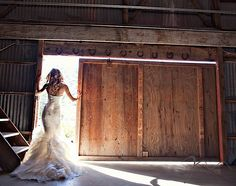 now thats what i call a perfect wedding dress shot :)  best.wedding.ever.   #iheartkristenfohrer