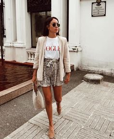 Snake Print that makes you look stylish # looks like .- Schlangen-Druck, der Sie stilvoll aussehen lässt Snake Print that makes you look stylish - Fashion Mode, Look Fashion, Fashion Beauty, Womens Fashion, Fashion Trends, Fashion Lookbook, Fashion 2018, Mode Outfits, Chic Outfits