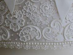Resultado de imagem para lace fondant silicone molds