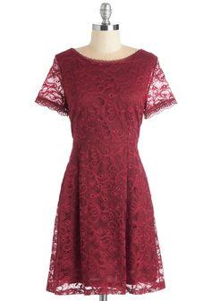 Que Shiraz, Shiraz Dress