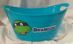 TMNT Easter Bucket Using 651 Oracle Permanent Vinyl and Silhouette Cameo www.facebook.com/thequeenbeechic