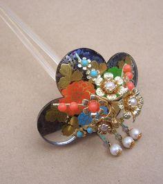 vintage hair combs | Vintage hair combs Japanese Kanzashi multi floral hair accessory (A)